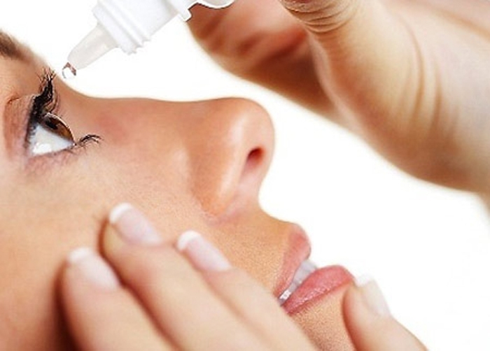 Top 12 Cách chăm sóc đôi mắt khỏe đẹp