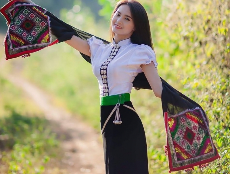 Top 16 Trang phục dân tộc đẹp và độc đáo nhất ở Việt Nam