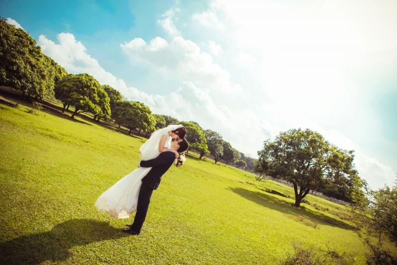 Top 10 Kiểu tạo dáng chụp ảnh cưới đẹp nhất