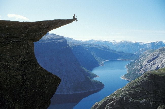 Top 10 Địa điểm du lịch kỳ lạ nhất thế giới bạn nên đến một lần trong đời
