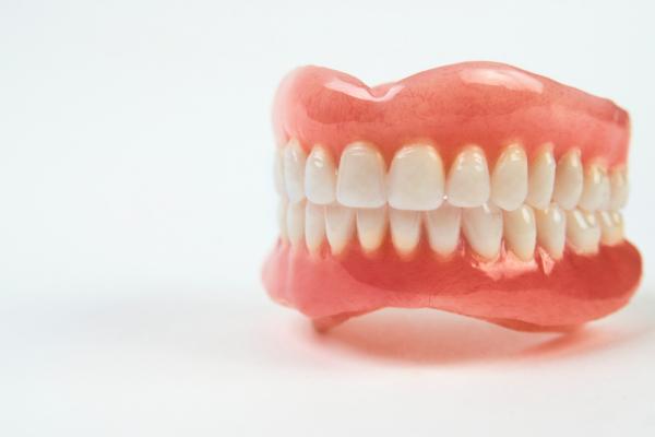 Top 8 Phương pháp trồng răng an toàn và hiệu quả nhất hiện nay
