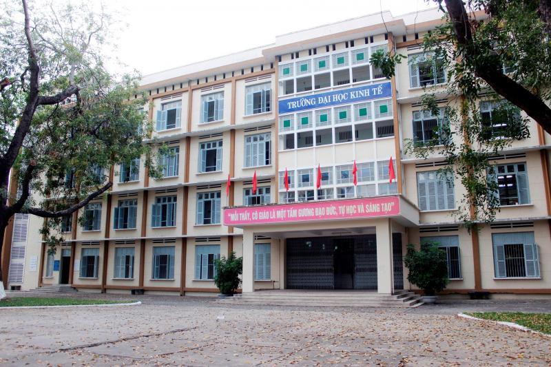 Top 8 Trường đạo tạo ngành Quản trị nhà hàng khách sạn tốt nhất tại Đà Nẵng