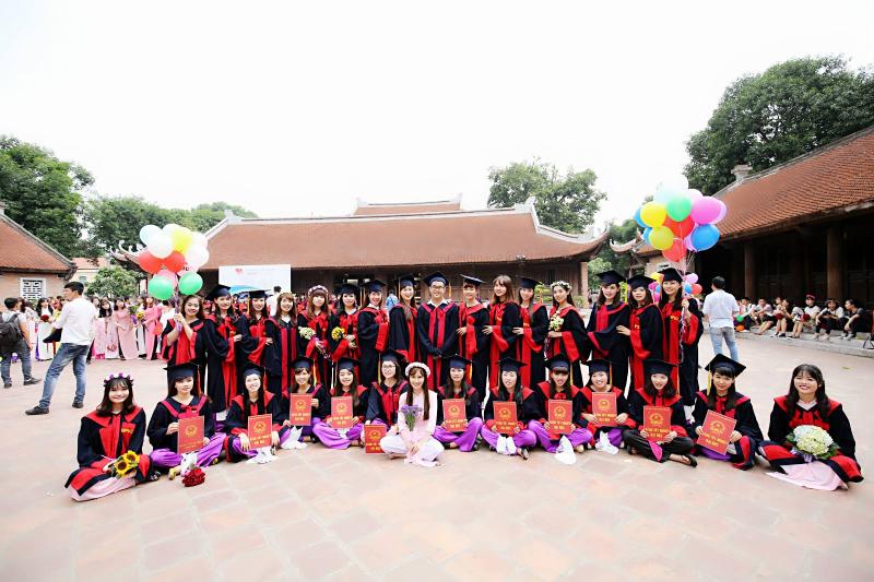 Top 10 địa điểm chụp ảnh kỷ đáng nhớ, ý nghĩa dành cho học sinh, sinh viên Hà Nội