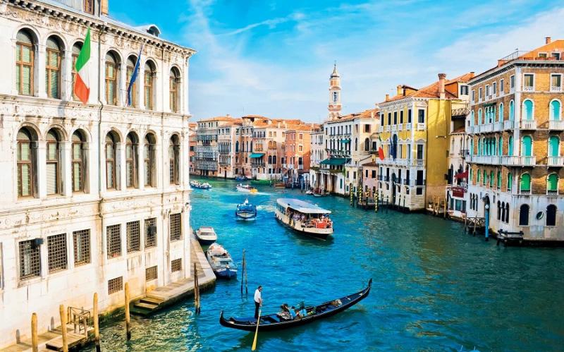 Top 12 điểm du lịch dành cho các cặp đôi được bình chọn nhiều nhất thế giới