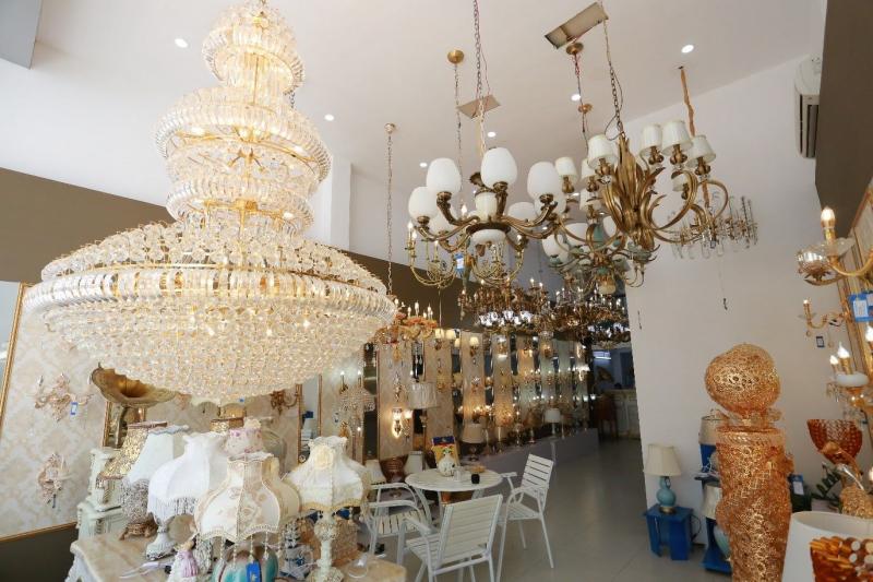 Top 6 địa chỉ mua đèn trang trí nhập khẩu uy tín nhất tại Hà Nội