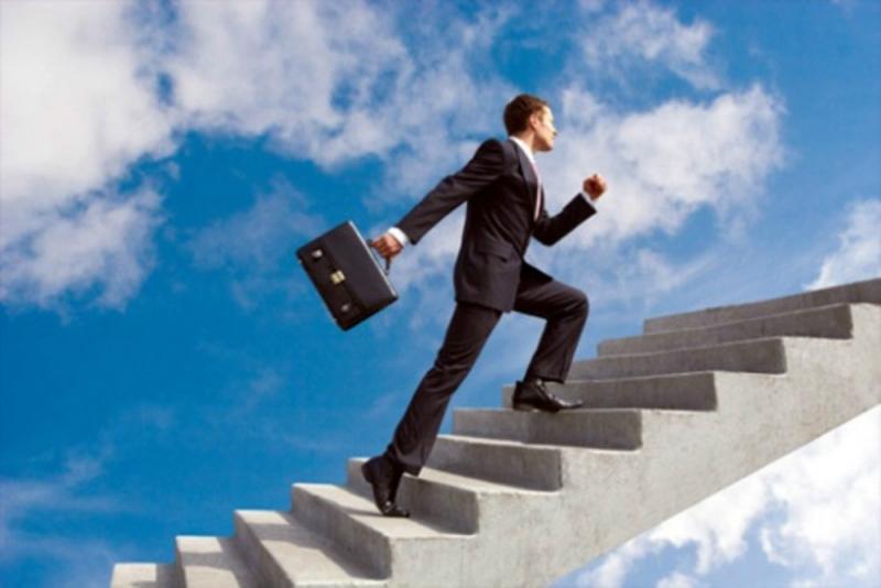 Top 10 Bí quyết thúc đẩy sự nghiệp phát triển bạn nên biết