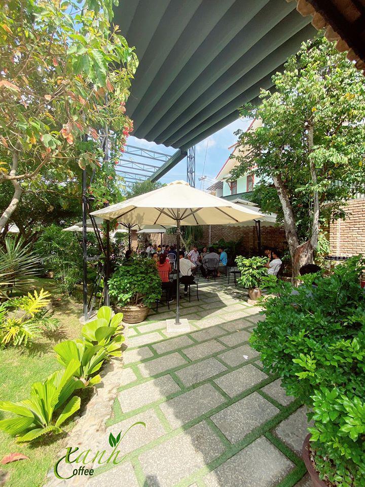 Top 7 Quán cà phê sân vườn đẹp nhất Nha Trang