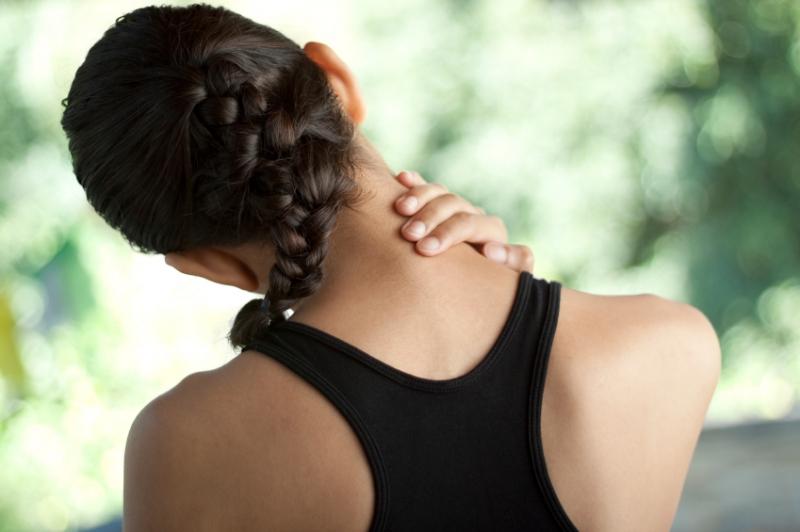 Top 10 Mẹo chữa đau lưng, mỏi vai gáy hiệu quả nhất