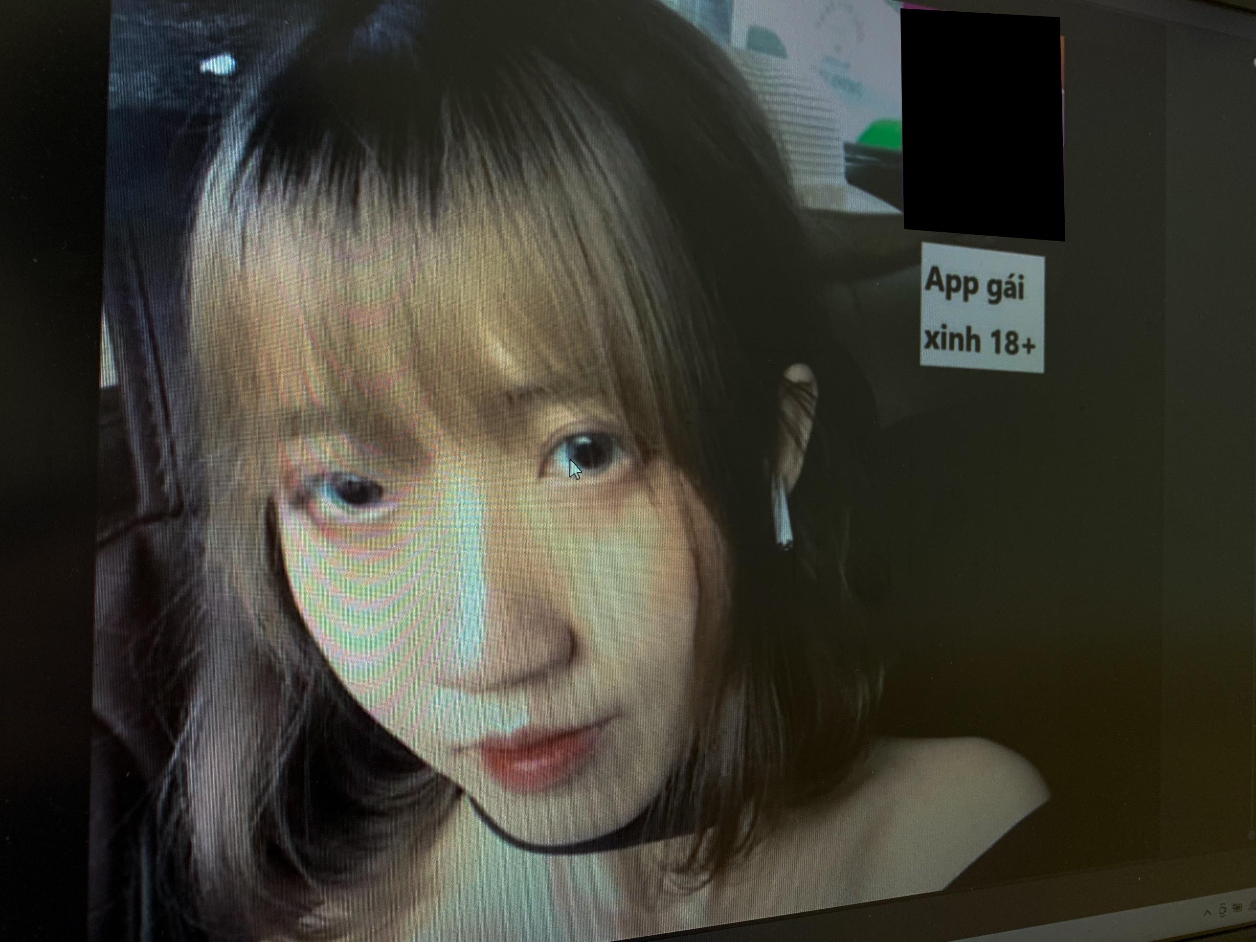 Cô gái '12 mối tình' trả lời về việc quảng cáo app khiêu dâm, cờ bạc
