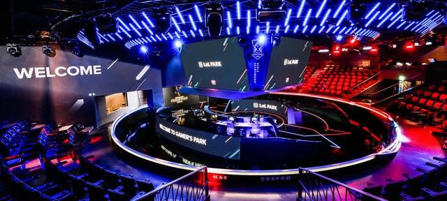 """Truyền thông Hàn Quốc gây sốt khi nhận định LCK ngày càng… hiếm game thủ """"thông minh"""""""