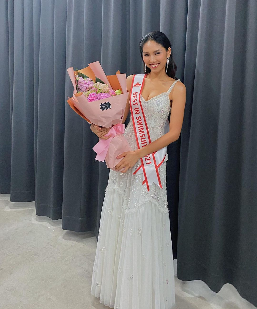 Người mẫu 22 tuổi đăng quang Hoa hậu Quốc tế Hong Kong