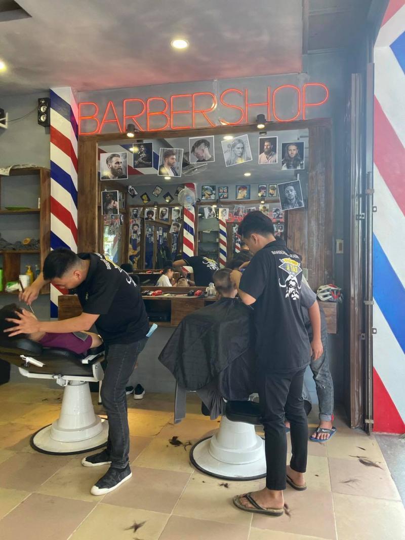A Tài barbershop