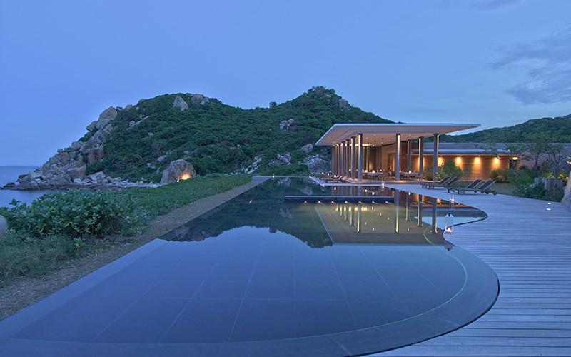 Top 4 Resort view biển đẹp nhất ở Vĩnh Hy