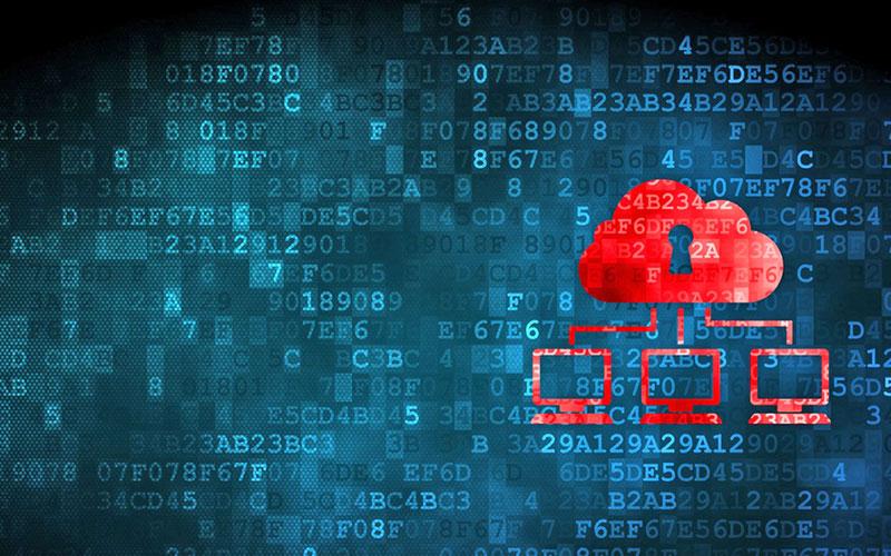 Cử nhân công nghệ thông tin làm việc trong môi trường an ninh mạng sẽ bảo vệ các mạng thông tin và máy tính khỏi nguy cơ bị xâm nhập và trộm cắp các thông tin bảo mật.