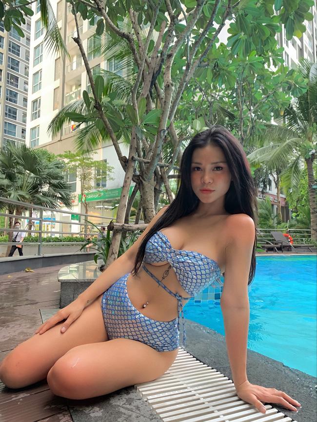 Hot girl Đắk Lắk mặt xinh dáng đẹp, gây xôn xao vì ăn mặc quá gợi cảm