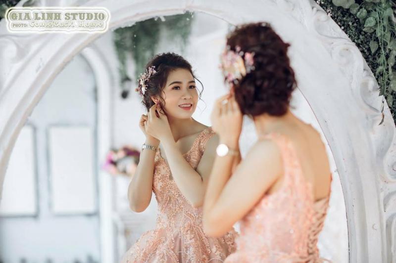 Nguyễn Khánh Linh Make Up (Ảnh Viện Áo Cưới Gia Linh)