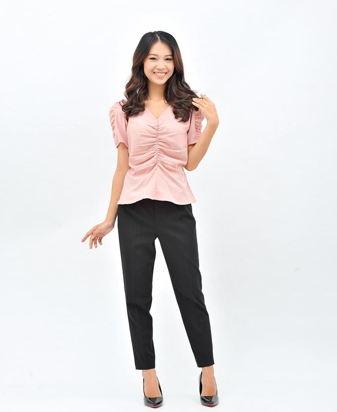 Áo ngắn trên hoặc ngang eo