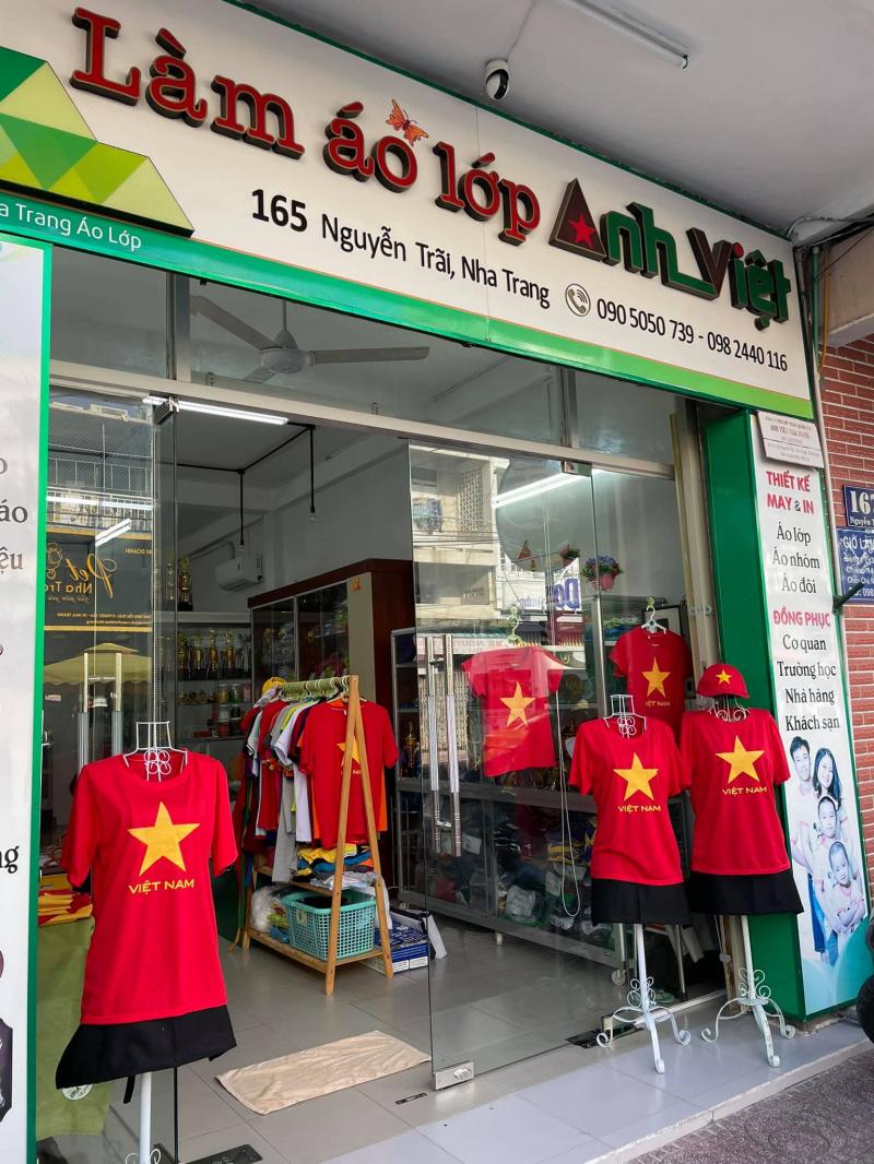 Áo Lớp Anh Việt Nha Trang