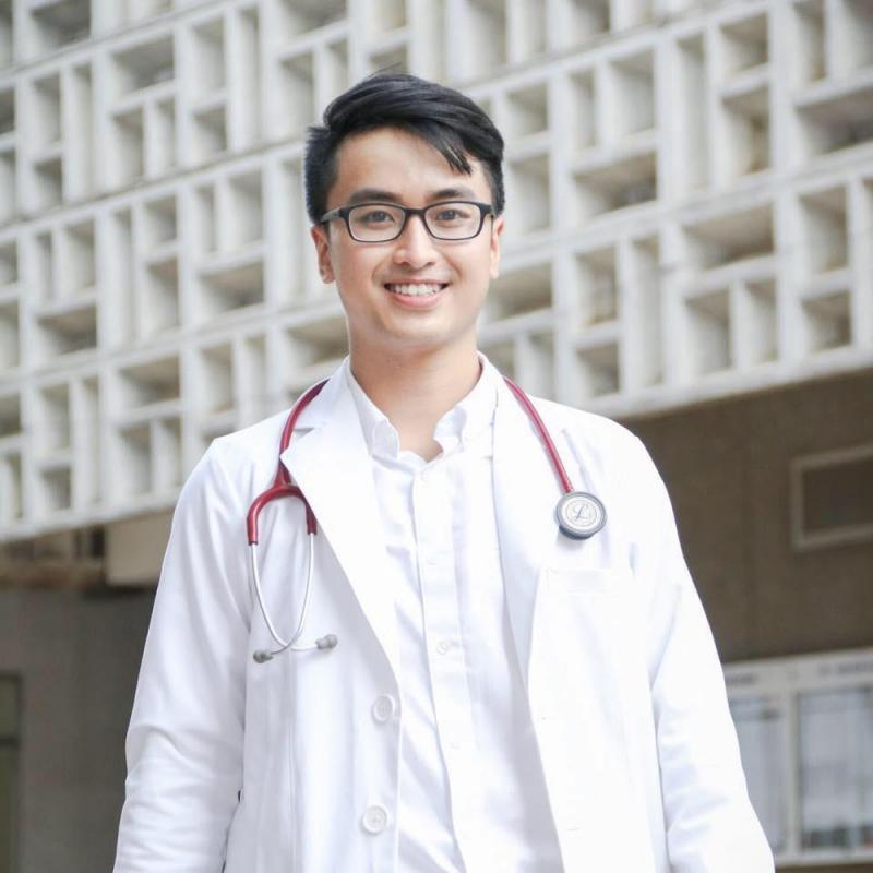 Bác sĩ đa khoa