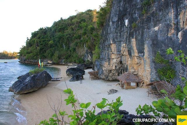 Bãi biển Padra Burgos - thỏi