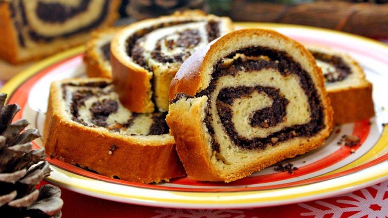 Bánh Makowiec (Ba Lan)