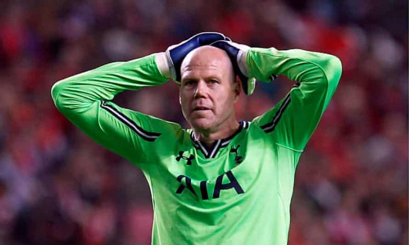 Top 10 Thủ môn bắt  penalty tốt nhất lịch sử giải bóng đá Ngoại hạng Anh