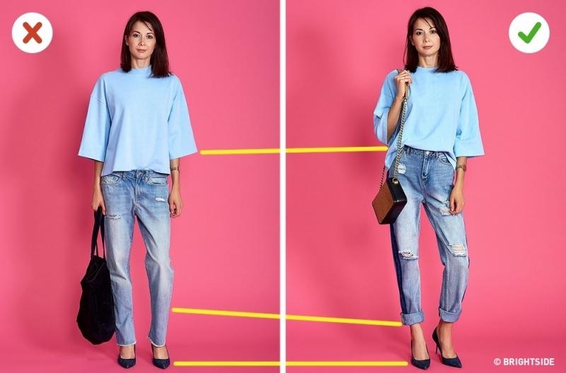 Chọn quần jeans và túi xách phù hợp với chiều cao