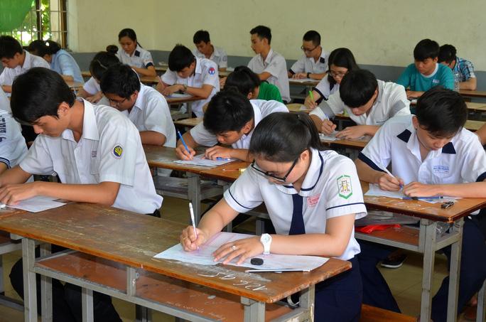 Học sinh khi làm sử dụng loại bút khác sẽ bị đánh dấu, dẫn đến bài thi bị hủy.