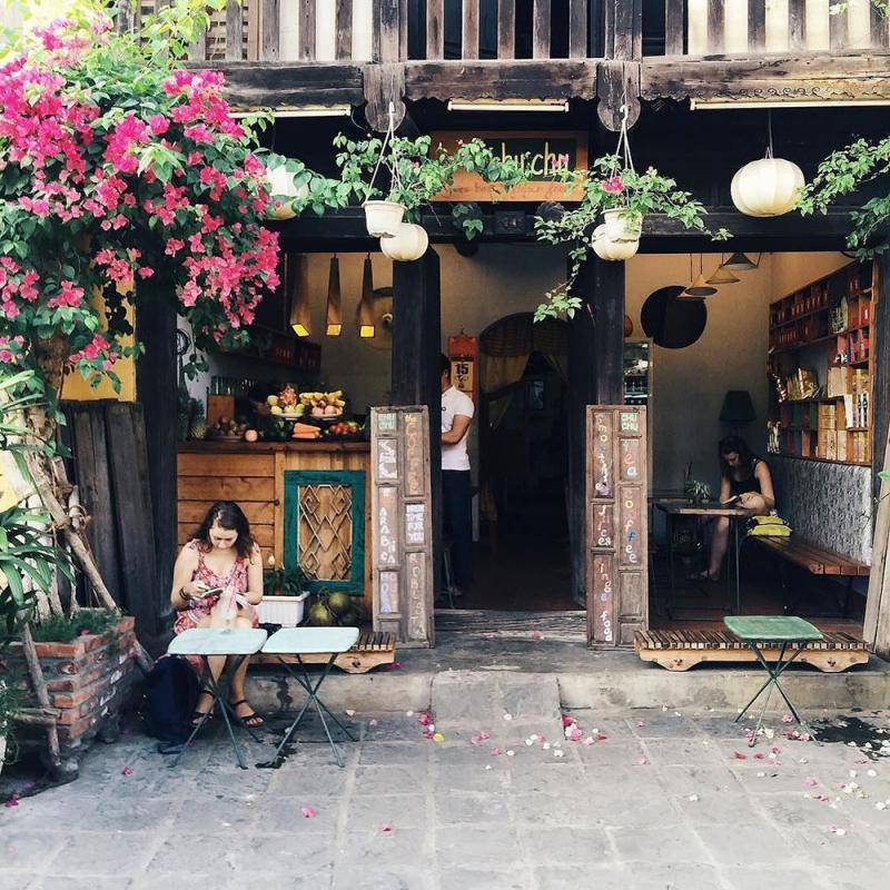 Chu Chu Cafe