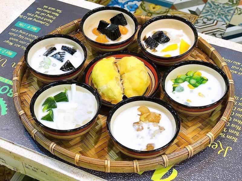 Mẹt chè 7 vị của CoBo - Sari Durian & Cakes