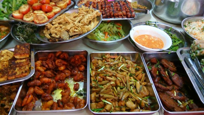Món ăn đa dạng hấp dẫn