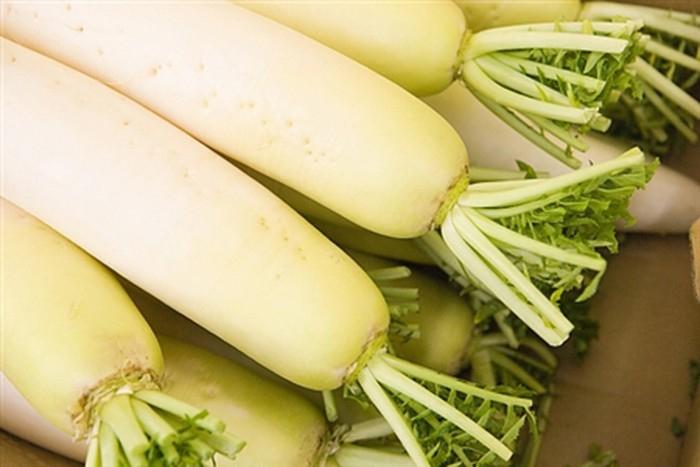 Chữa nhiệt miệng bằng củ cải