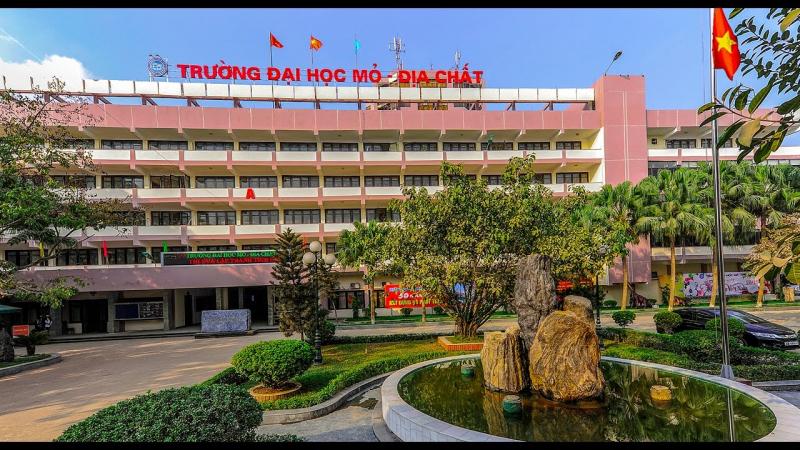 Đại học Mỏ - Địa chất (Cơ sở Hà Nội)