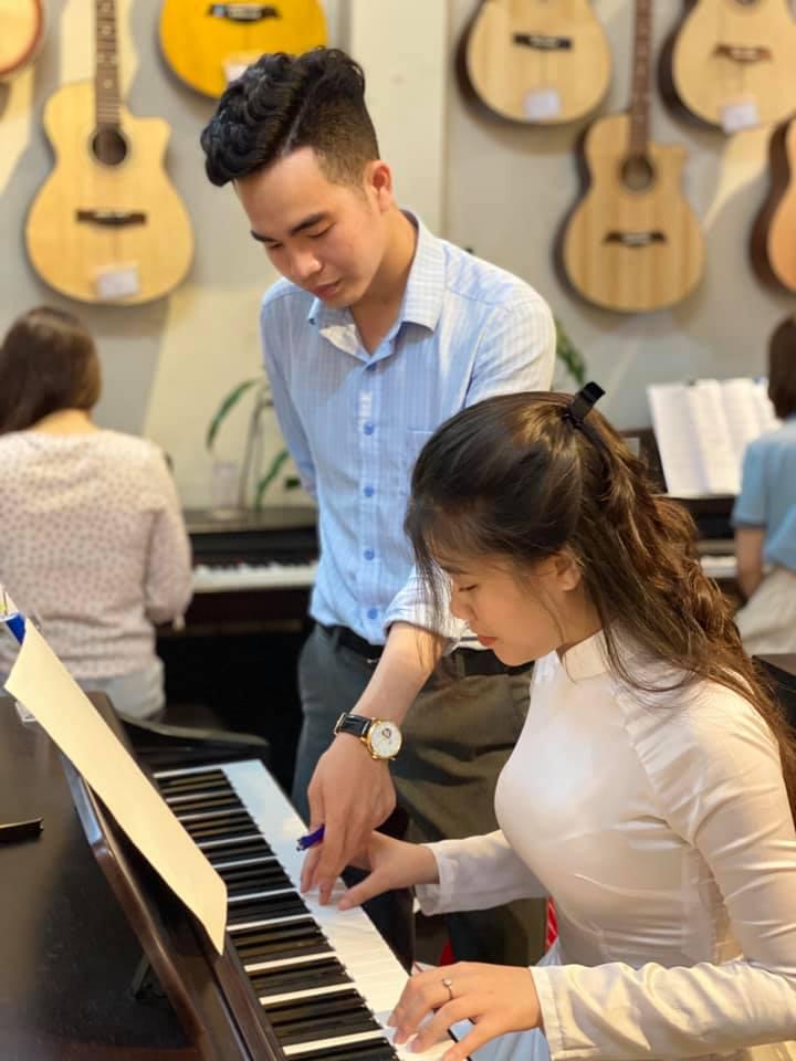Dạy Piano - Organ - Guitar tại Đà Nẵng