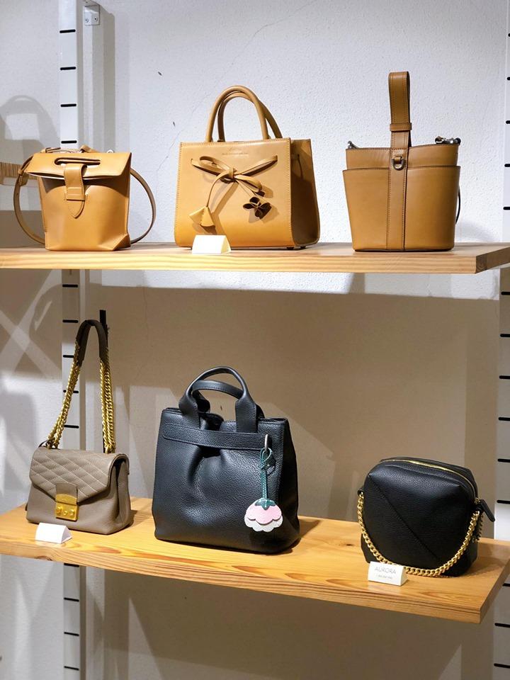 Túi Desino được tạo ra dưới bàn tay của những thợ thủ công lành nghề.