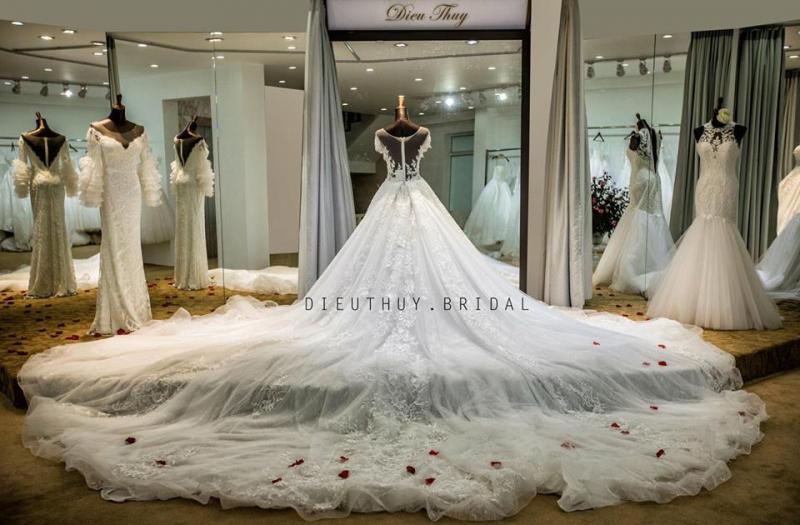 Top 6 Địa chỉ may và cho thuê váy cưới đẹp nhất Hải Phòng