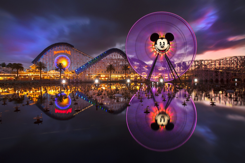 Công viên giải trí Disneyland ở Anaheim, California, Mỹ