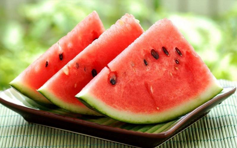 Dưa hấu có nhiều chất sắt, protein và vitamin C