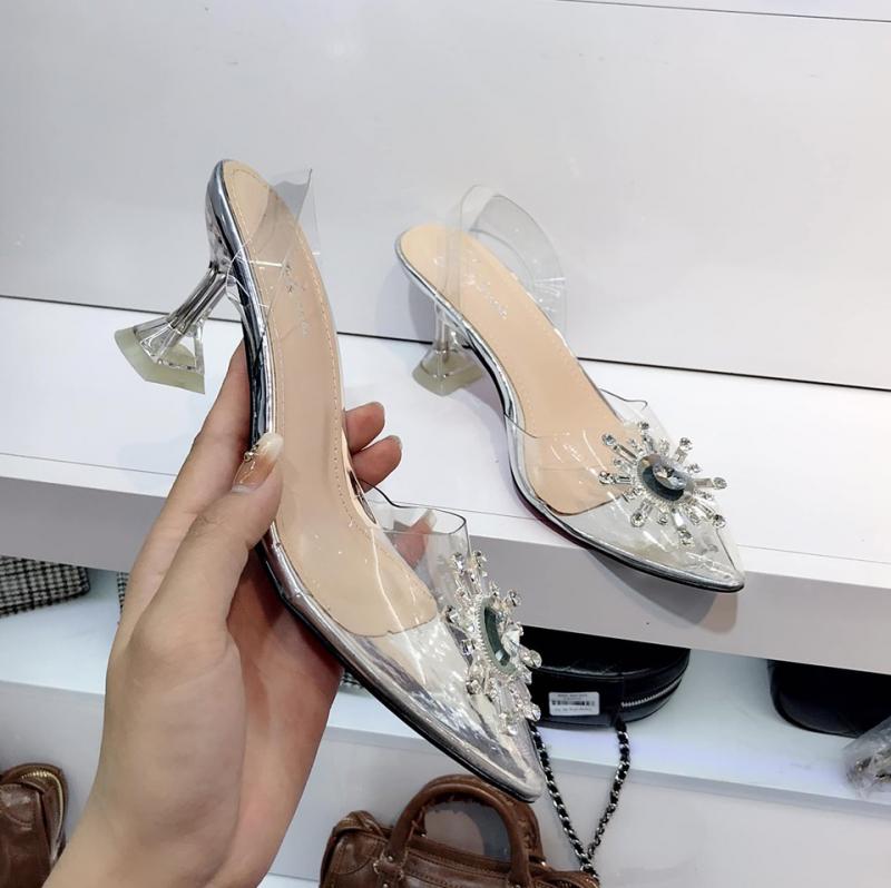 Top 5 Shop giày nữ đẹp nhất tại Vĩnh Phúc.