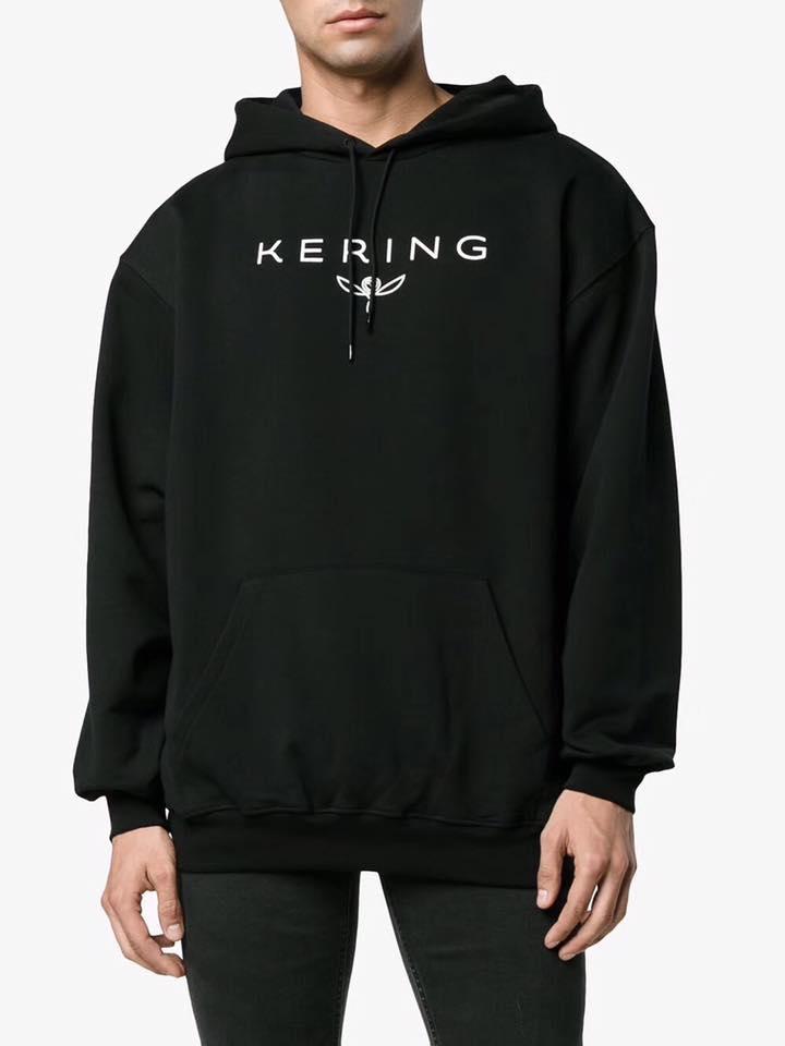 Top 9 Shop bán áo hoodie nam đẹp nhất ở Hà Nội
