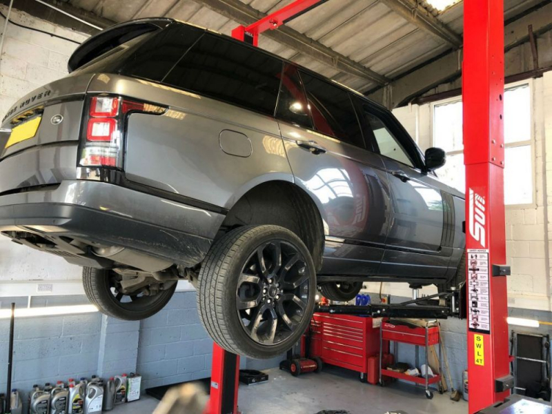 Garage ô tô Ngọc Văn