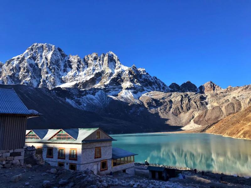Hồ Gokyo Cho nắm giữ một ý nghĩa linh thiêng trong văn hóa của cả Ấn Độ giáo