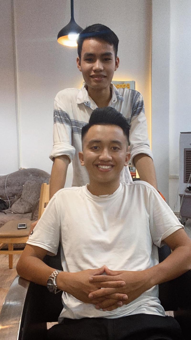 Jung Hair