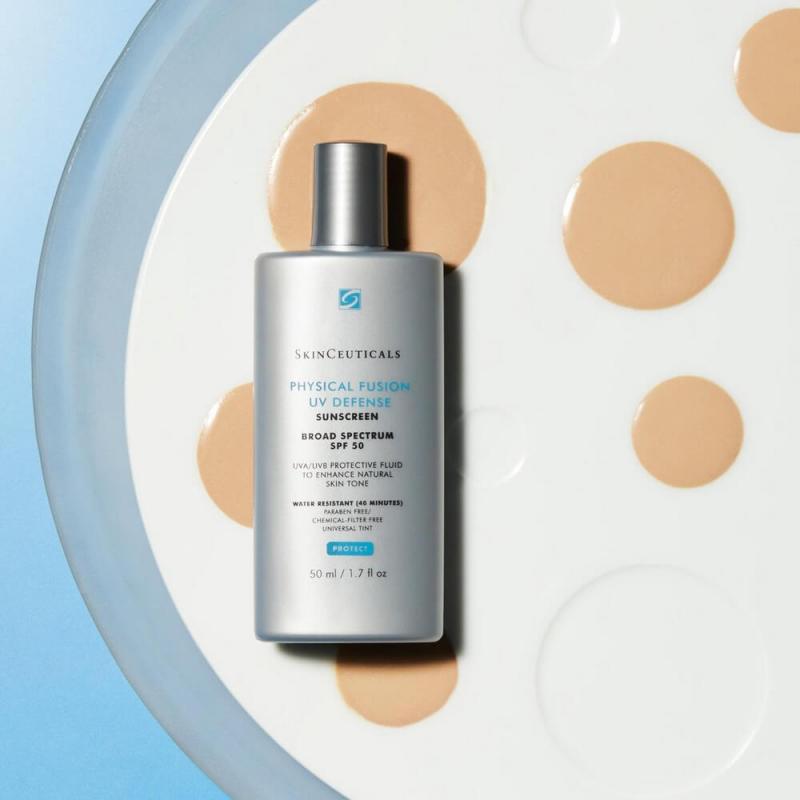 Physical Fusion UV Defense SPF50 giúp ngăn chặn mọi sự xâm nhập của các tia UVA, UVB vào da