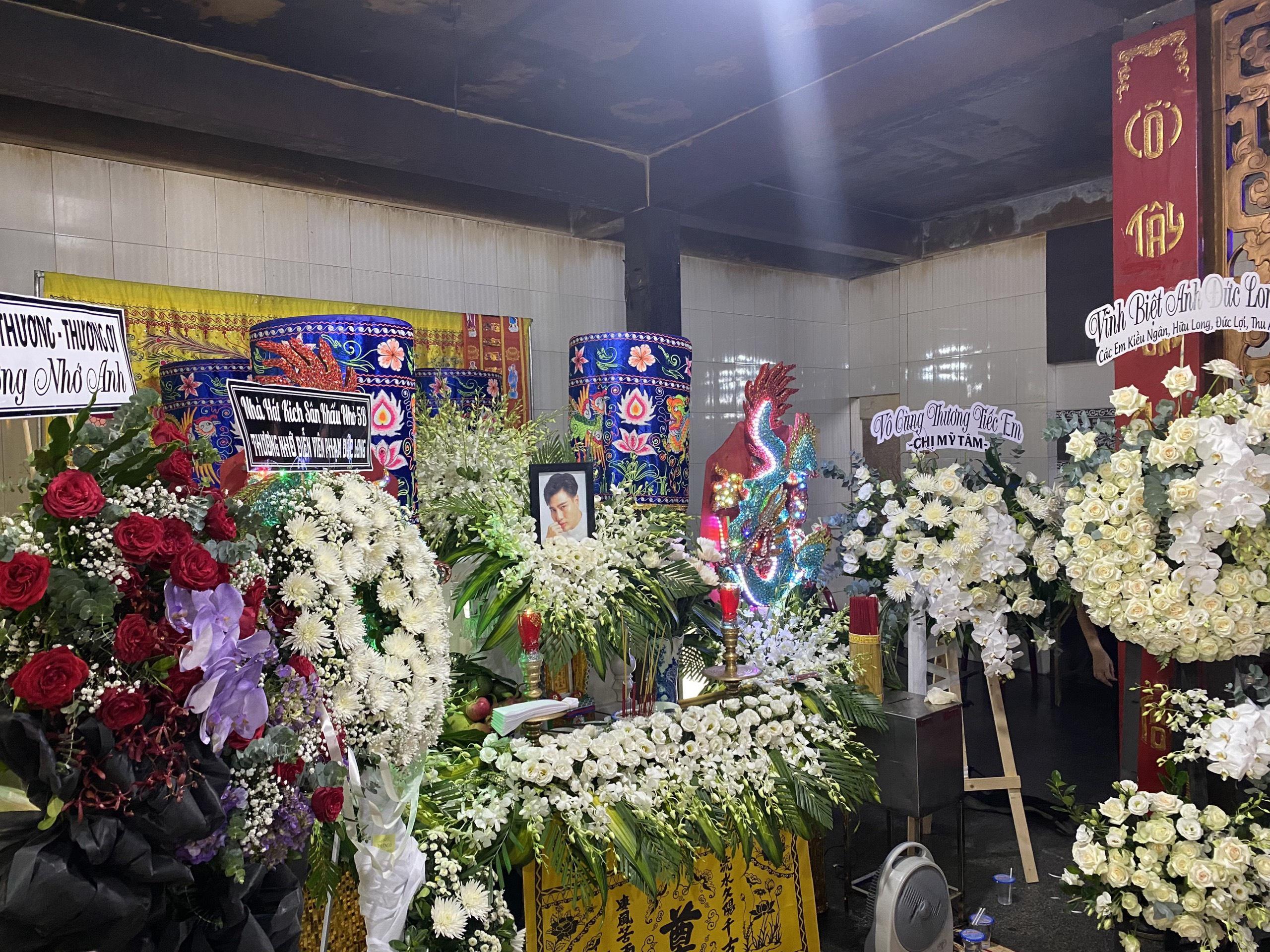 Lễ tang của diễn viên Đức Long