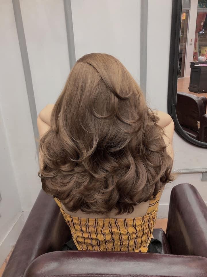 Louis Hair salon