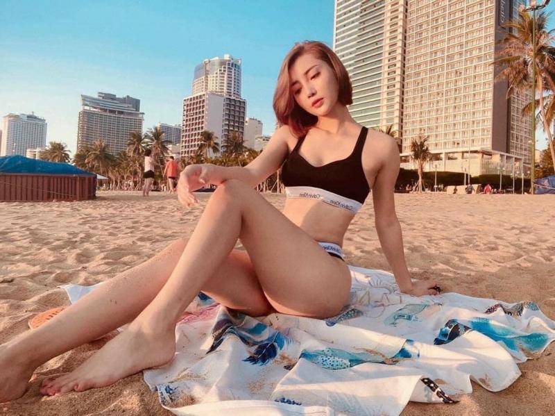 Lynlyn bikini & clothing