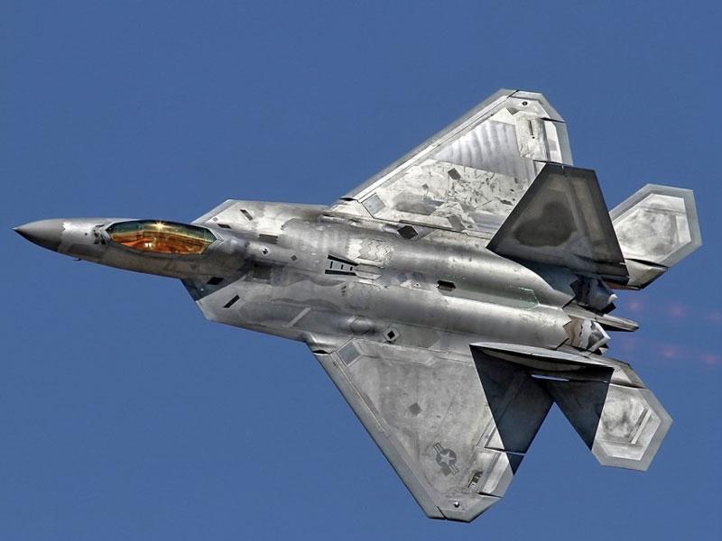 Máy bay chiến đấu F-22 Raptor