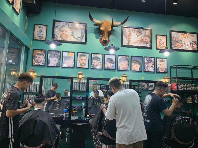 Top 8 Tiệm cắt tóc nam đẹp và chất lượng nhất Hải Dương