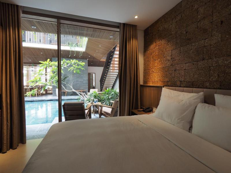 Nếu muốn một căn homestay có đầy đủ nhà và sân vườn tươi mát, thoáng đãng, thì Minh house chắc chắn là một sự lựa chọn lý tưởng.